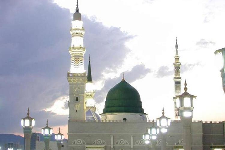 Sejarah Kubah Hijau Di Atas Makam Nabi Muhammad Saw Risalah Tour